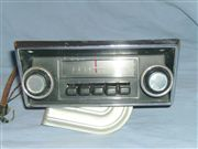 Se vende radio para ford pick up 1968...1972 , le queda al mustang 1968..1970