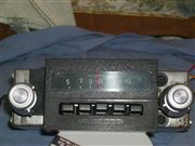 Se vende radio de ford f100 pick up de 1975-1979