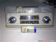 RADIO AM ORIGINAL FUNCIONANDO DE VALIANT Y BARRACUDA 1964 Y 1965 RARO