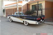 Ford Skyliner Convertible 1958