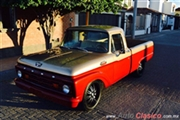 1964 Ford F-100 CUSTOM CAB Pickup