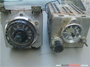 Se venden 2 radios (Ford f100 1956 y Ford f100 1957,58,59) pick up