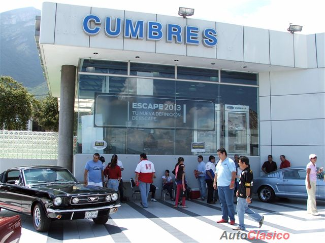 Tenth Anniversary Mustang Club Monterrey |