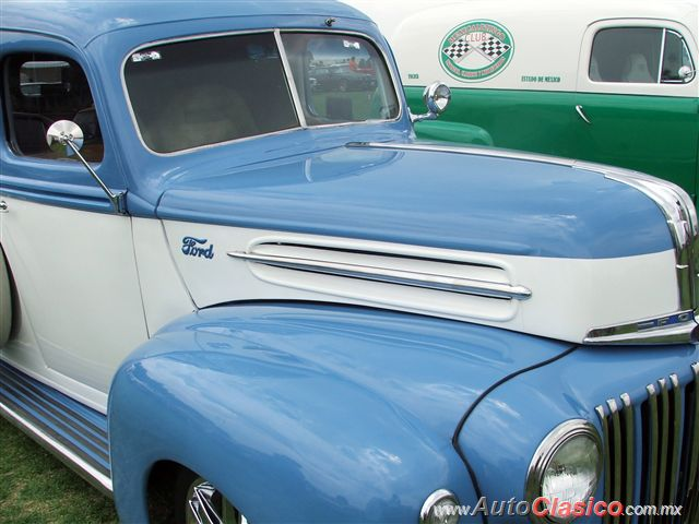 Ford Panel 1946 |