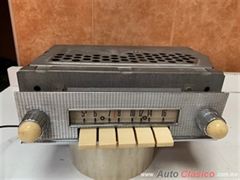 FORD FAIRLANE 500  1957 A  1959 RADIO FOMOCO ORIGINAL