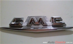 Se vende Emblema lateral recromado, GMC pick up 58-59