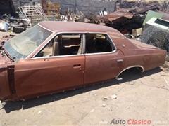 1975 Ford Ford LTD 1975 .. Carroceria sin bondo. Sedan