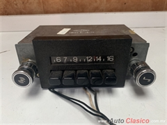 FORD , CHEVROLET , DODGE , RAMBLER , DATSUN ETC  SEDAN O PICK UP RADIO UNIVERSAL