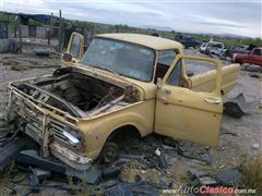 1965 Ford Pick up PIEZAS !! Pickup