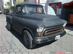 CAMIONETA CHÉVROLET PICK UP 1957 APACHE
