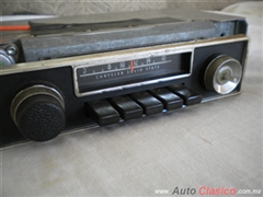 MOPAR RADIO AM ORIGINAL DODGE PLYMOUTH DEL 70-76