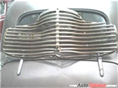 USADA $5850 PARILLA PARA RESTAURAR CHEVROLET 1941,COUPE O SEDAN CEL -5518970130.