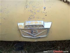 Ford pick up 1965-1966 Emblema cofre