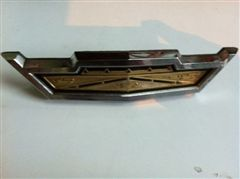 FORD GALAXIE 1963 EMBLEMA DE PARRILLA ORIGINAL
