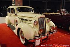 Retromobile 2017 - 1937 Packard Sedan