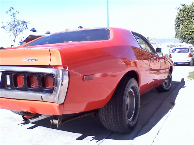 Dodge charger 72