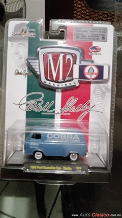M2 Machines Shelby 1965 Ford Econoline Van - Shelby