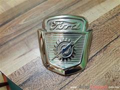EMBLEMA FRONTAL DE COFRE PARA FORD F100 PICK-UP 1953-1954-1955