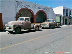 Vendo Chevrolet pick up 1953 version 3100, NO FORD, clasica