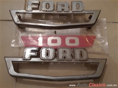 Disponible..Emblemas laterales ford pick up 60-64.