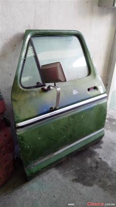 PUERTA LADO PILOTO FORD PICK-UP 1973-1979
