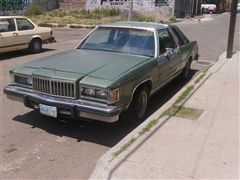 Se vende Ford Marquis 1983