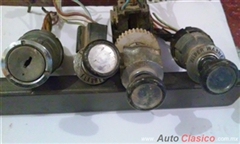 Switches usados completos de ford pick up  70-72,( luces, wiper, encendido, etc)