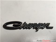 DODGE CHARGER 1969 A 1972 EMBLEMA ORIGINAL ADHERIBLE