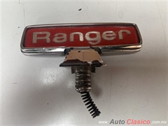 FORD PICK UP RANGER 1974  A 1979 EMBLEMA DE COFRE