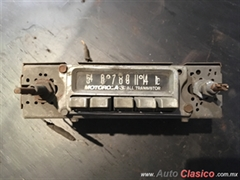 DODGE D100 MOTOROLA ALL TRANSISTOR RADIO