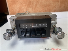 FORD PICK UP F-150 , MAVERICK 1973 A 1974 RADIO PHILCO ORIGINAL