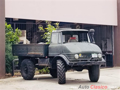 1975 Mercedes Benz UNIMOG 4X4 Pickup
