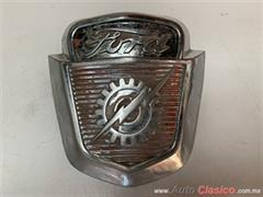 FORD PICK UP  F100 1953 A 1956 EMBLEMA COFRE
