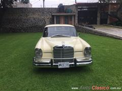 1962 Mercedes Benz 220 Coupe