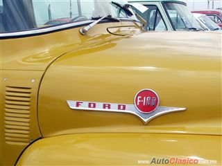 Ford F100 1956 |