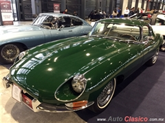 Salón Retromobile FMAAC México 2015 - Jaguar E Type Roadster 1965