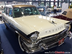 Salón Retromobile FMAAC México 2015 - Packard Clipper Wagon 1957