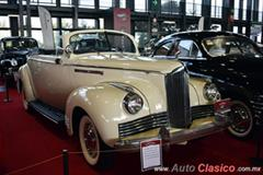 Retromobile 2017 - 1942 Packard One Ten